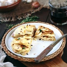 Crispy Potato Cake with Garlic and Thyme