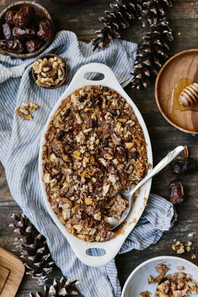 Baked Oatmeal with Date Butter, Apples and Walnuts {Vegan}