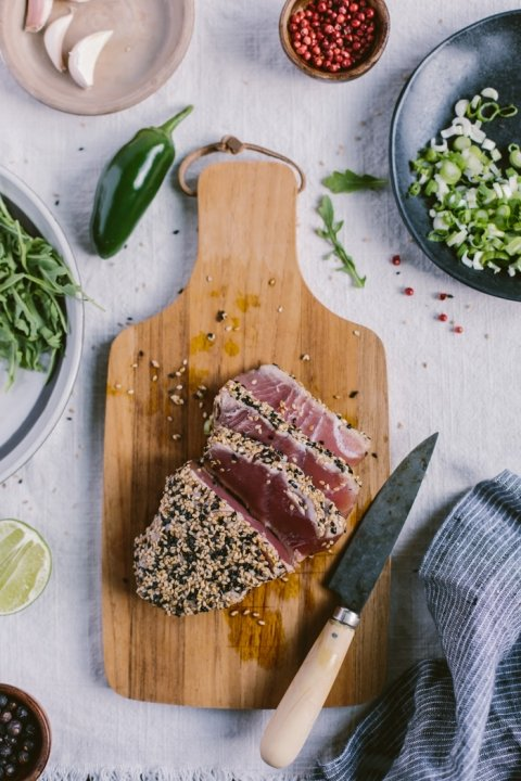 Sesame Crusted Seared Tuna Salad Bowl
