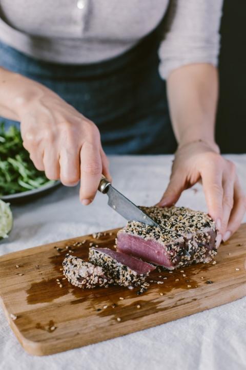 Sesame Crusted Seared Tuna Salad Bowl