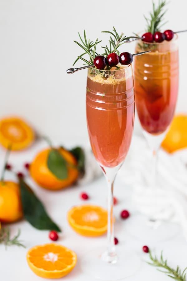Clementine cranberry prosecco cocktail foolproof living for Drinks made with prosecco