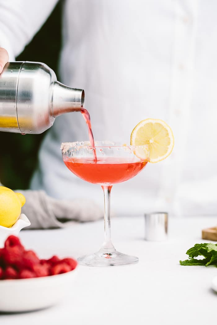 Raspberry Martini Recipe: A refreshing cocktail made with Finlandia vodka. #sponsored