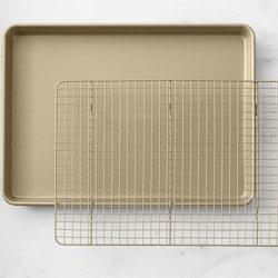 Half-Sheet-Pan-with-Rack