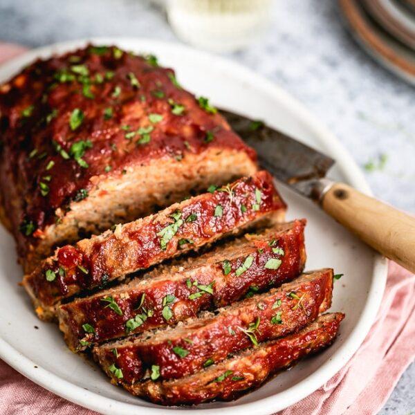 ground turkey meatloaf sliced