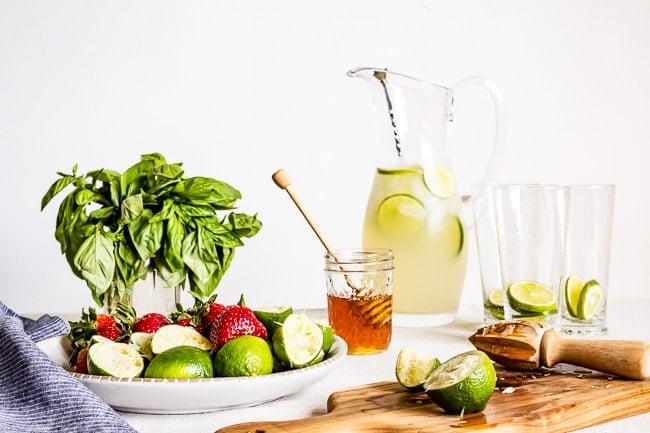 Ingredients to make Non alcoholic basil drink