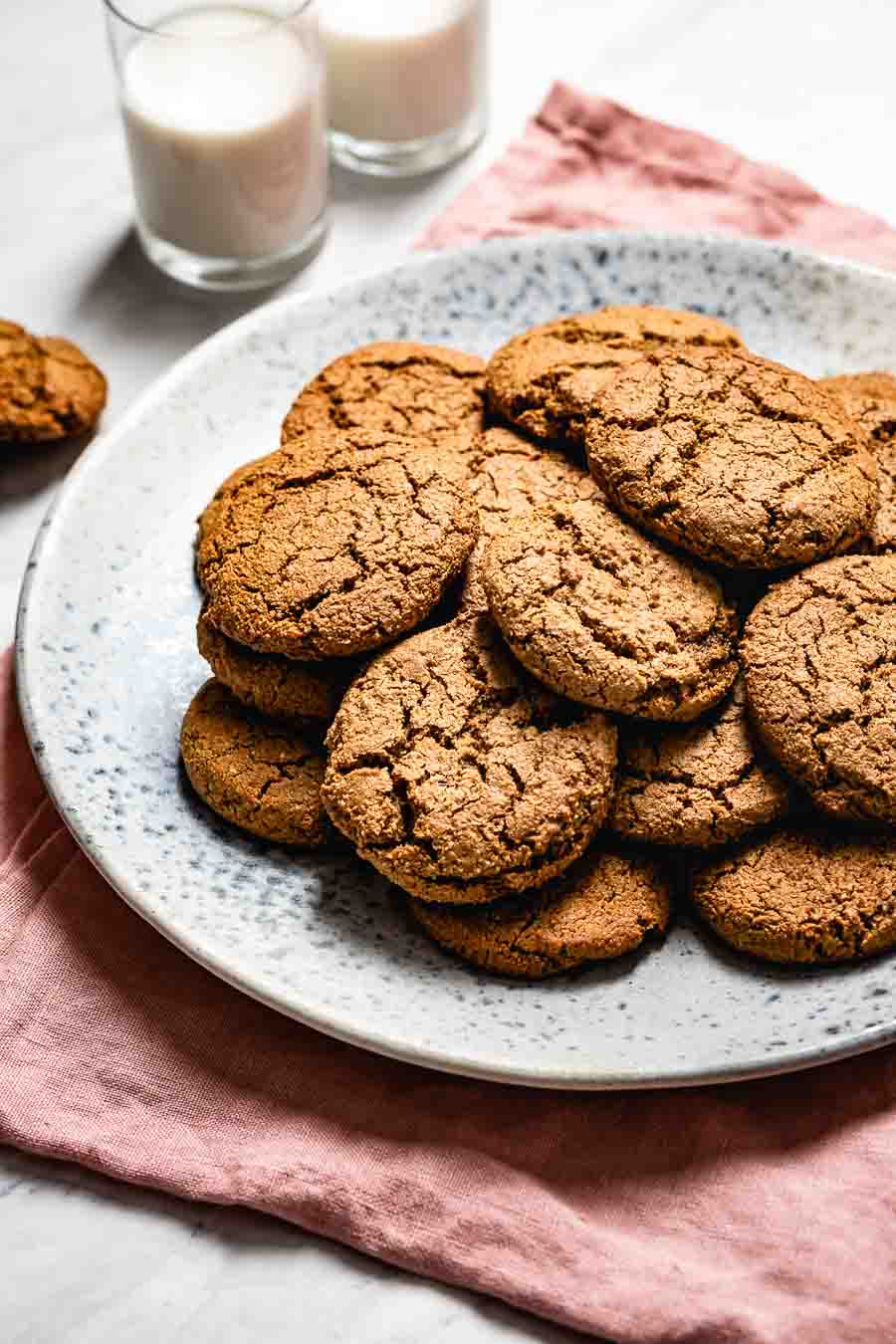 Gingerbread Cookies with almond flour
