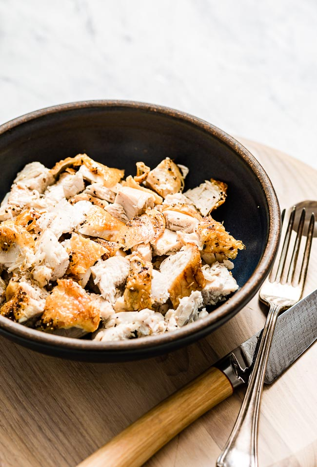 A Bowl of cubed crispy bone in chicken breasts