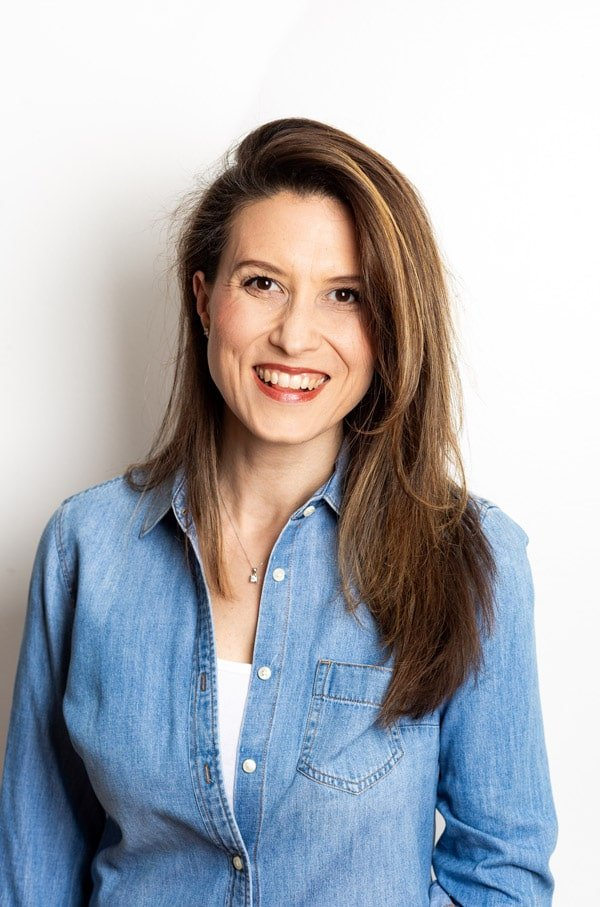 A photo of Aysegul Sanford the author behind foolproofliving.com