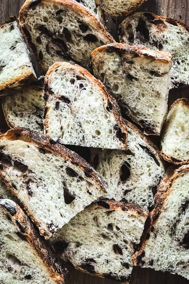 No knead olive bread slices close up